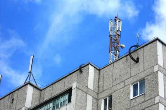 Как установить антенну на крыше частного дома